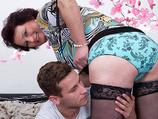 Hot mature housewife fucks and sucks her toy boy