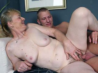 Full naked couple sex seen