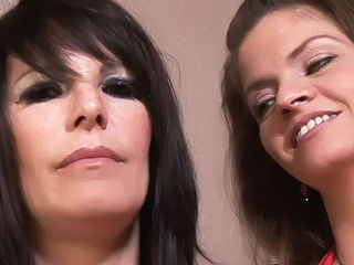 June Summers and Daisy Rock Mature Lesbos