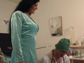 Full gyno exam leads horny mature to fuck the doctor